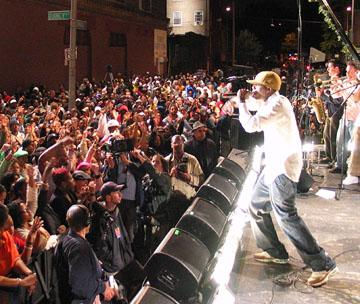 Talib Kweli in Rogue Pictures' Dave Chappelle's Block Party