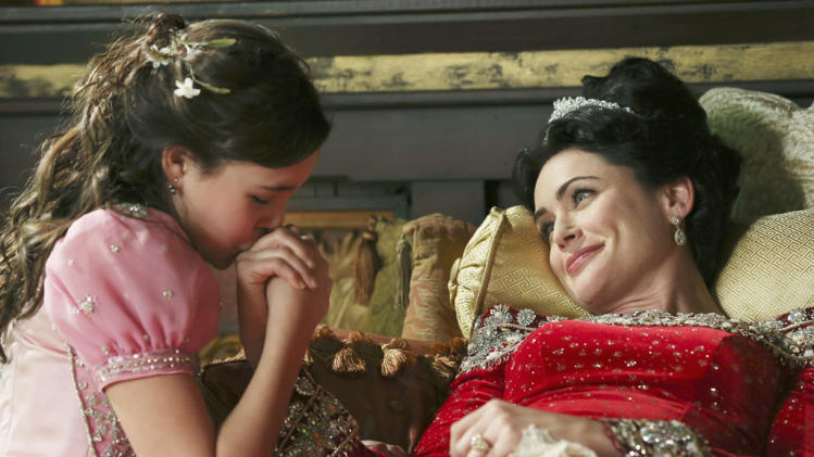 """Once Upon a Time"" - ""The Queen is Dead"" BAILEE MADISON, RENA SOFER"