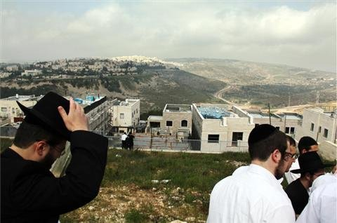Israel pushes forth with settlement plans