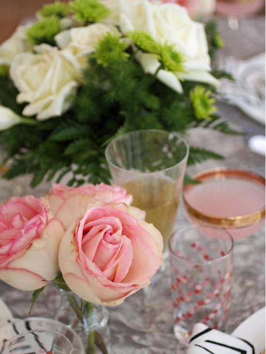 Simple Floral Centerpieces
