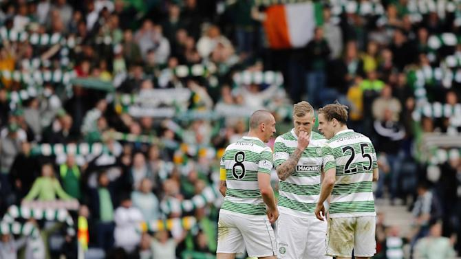 Football: Celtic's Scott Brown, John Guidetti and Stefan Johansen prepare to kick off in extra time