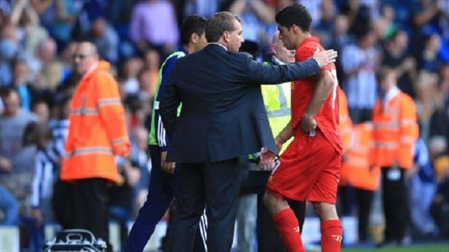 Premier League - Rodgers focused on helping Suarez