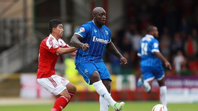 Football - Taylor salutes patient Akinfenwa