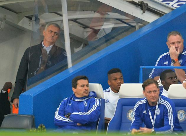 Chelsea's manager Jose Mourinho (L) reflects during their English Premier League match against Southampton, at Stamford Bridge in London, on October 3, 2015