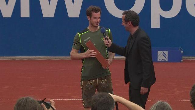 Murray claims first clay-court title
