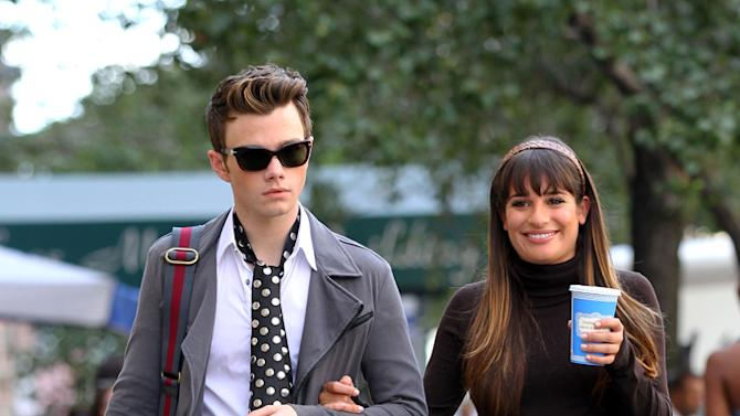 2 hot 2 handle, Chris Colfer, Lea Michele