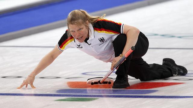 Curling - Schoepp defeats Sidorova on return to world stage