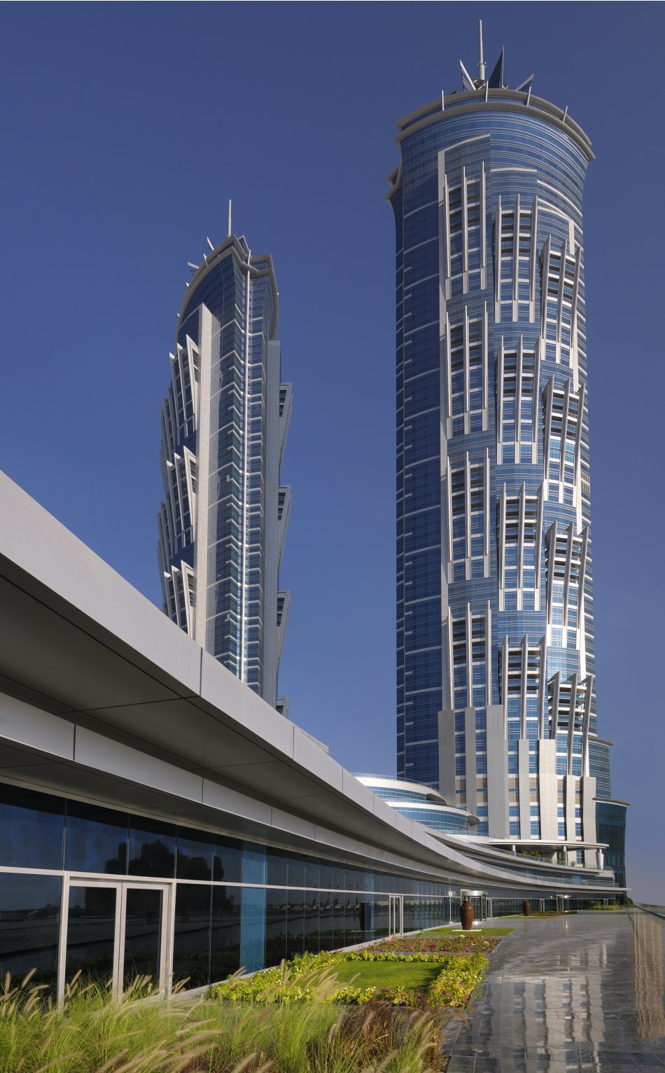 Marquis dubai world 39 s tallest hotel opens in dubai for Tallest hotel in the world