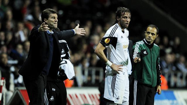 Europa League - Laudrup hails bloodied Michu