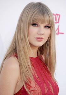 Taylor Swift | Photo Credits: Gregg DeGuire/WireImage