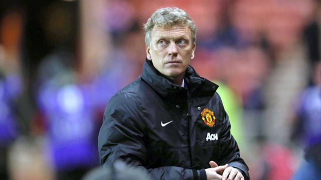 League Cup - Moyes charged by FA over referee remarks