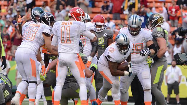 American Football - Rice gains bragging rights over Sanders in revamped Pro Bowl