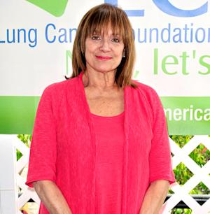 """Valerie Harper's Terminal Cancer Is """"Close to Remission,"""" Her Doctor Says"""