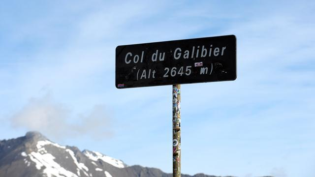 Giro d'Italia - Col du Galibier curtailed due to poor weather