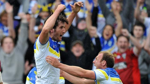 Rugby League - Warrington celebrate Challenge Cup win