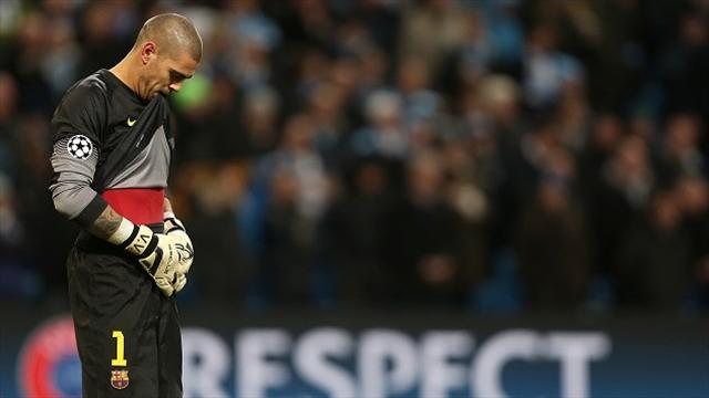 Liga - Valdes has surgery, sidelined for seven months