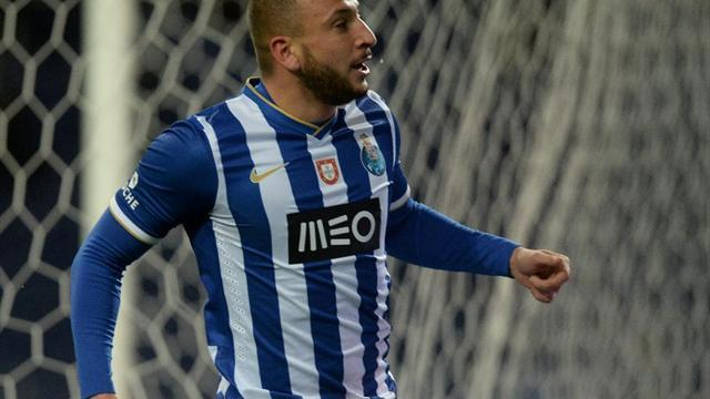 Europa League - Porto, Napoli, Ludogorets snatch dramatic Europa League wins
