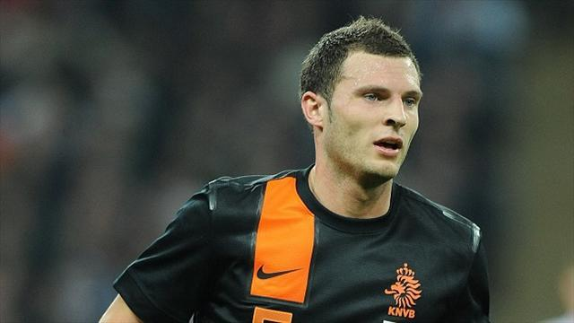 Premier League - Stoke sign Dutch international Pieters