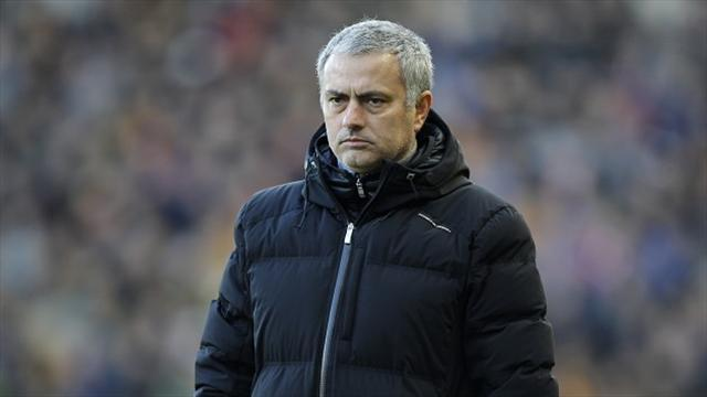 Premier League - Mourinho: Players would be queueing in front of the mirror before a game