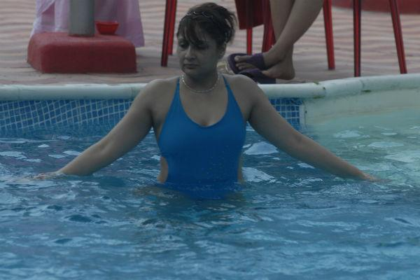 Bigg Boss 6: Sapna shocks Sampat