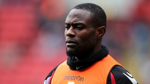 Football - Laws lauds sick Sodje