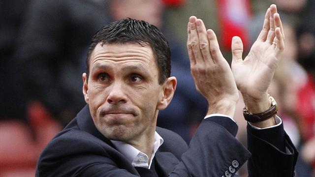 Premier League - Poyet predicts eventful run-in