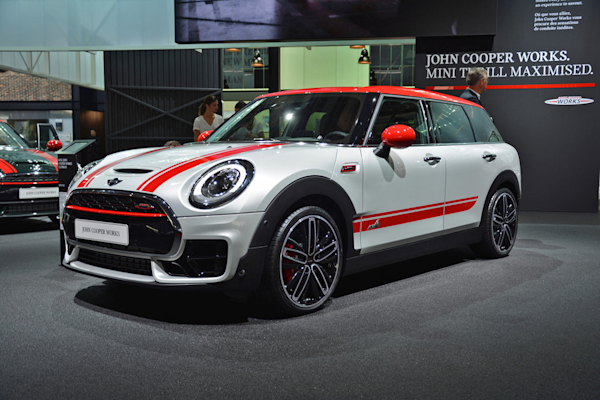 mini s john cooper works clubman is a 228hp go kart with a trunk yahoo7 finance australia. Black Bedroom Furniture Sets. Home Design Ideas