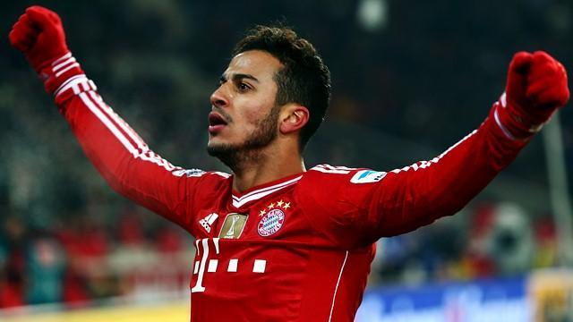 Bundesliga - Thiago suffers suspected ligament tear, to miss Bayern-United tie