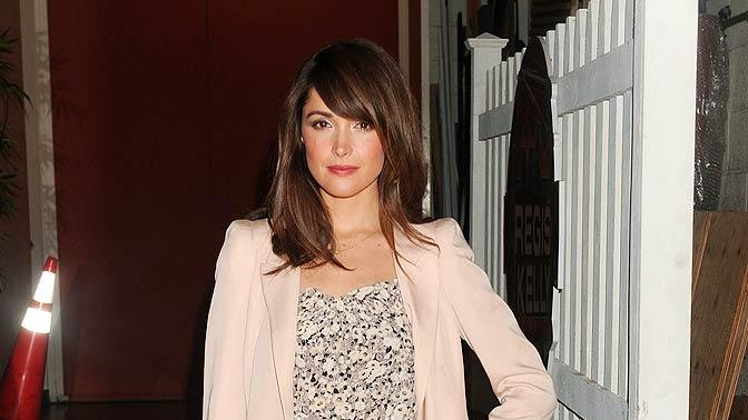 Rose Byrne Regis Kelly
