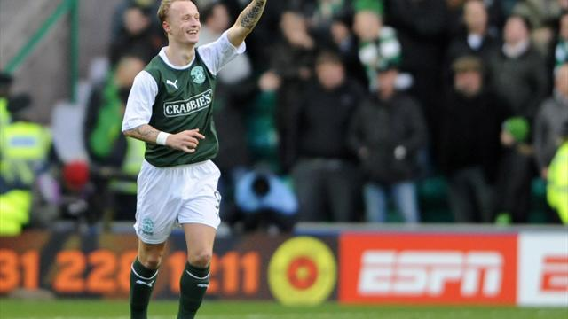 Football - Griffiths keen to remain with Hibs