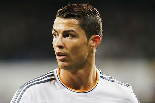 Real Madrid forward pushing for new deal