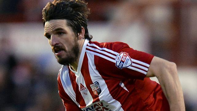 League One - Brentford back on top with win over Gillingham
