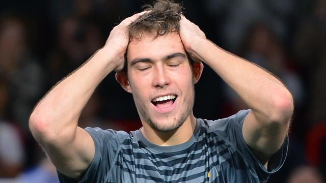 Paris Masters - Janowicz stars as sleepless in Paris