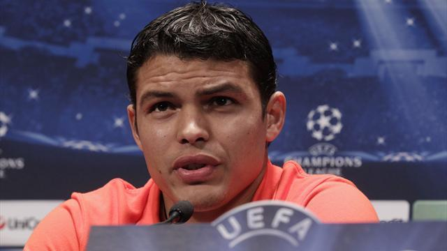 Ligue 1 - Agent: Thiago Silva won't leave PSG for Barcelona