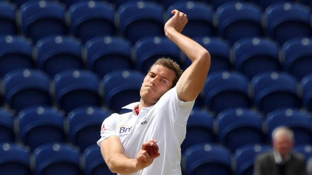 Ashes - Saker hints at Tremlett starting role