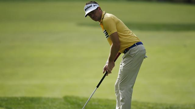 Golf - US PGA Tour to ban anchored putting from 2016
