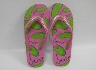 Snooki flip-flops. Photo courtesy of Footwear News.