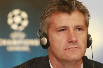 Former Croatia striker Suker targets Fifa role after Uefa election