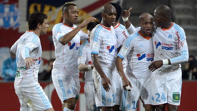 Ligue 1 - Marseille close on leaders after beating St Etienne