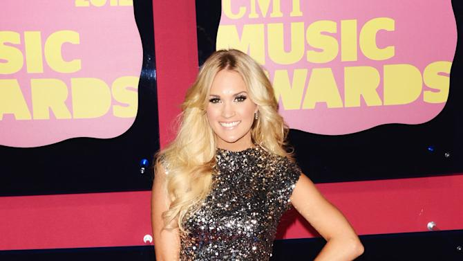 2012 CMT Music Awards - Arrivals