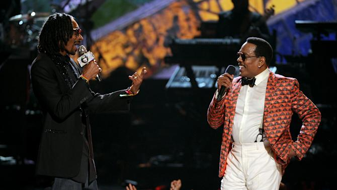 Snoop Dogg, left, and Charlie Wilson perform onstage at the BET Awards at the Nokia Theatre on Sunday, June 30, 2013, in Los Angeles. (Photo by Frank Micelotta/Invision/AP)