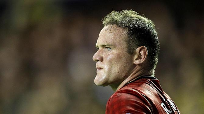 Wayne Rooney has said he hopes to remain at Old Trafford for as long as possible