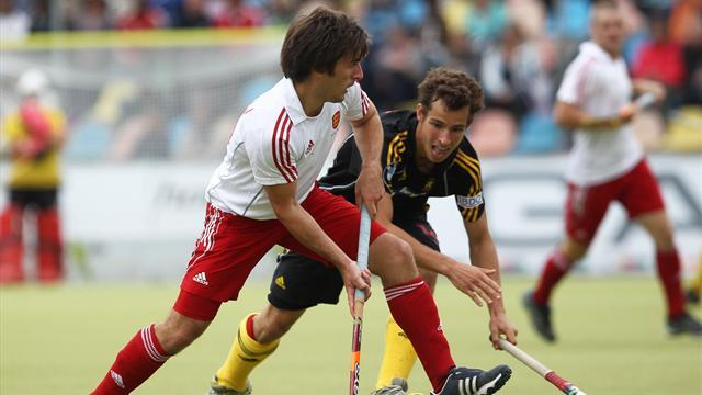 Field Hockey - Dixon double downs India as England start World League Final campaign in style