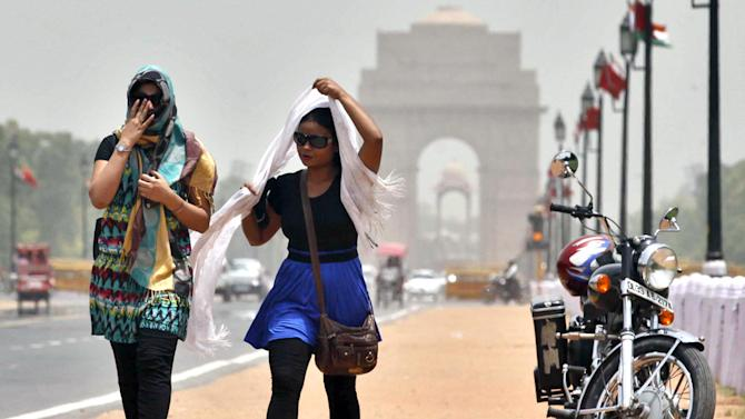 India reels under heat wave