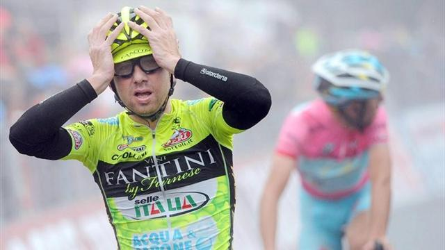 Giro d'Italia - Nibali extends lead after Santambrogio win