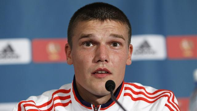 Capello retains Russia captain Denisov