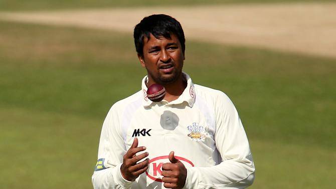 Pragyan Ojha took two wickets in the morning session for India