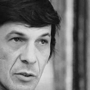 """FILE - In this June 28, 1973 file photo, actor Leonard Nimoy speaks during an interview in New York. Nimoy, famous for playing officer Mr. Spock in """"Star Trek"""" died Friday, Feb. 27, 2015 in Los Angeles of end-stage chronic obstructive pulmonary disease. He was 83. (AP Photo/Jerry Mosey, File)"""