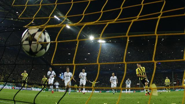 Champions League - Lewandowski sparkles with Dortmund future in doubt