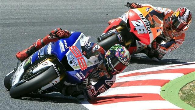 Motorcycling - Lorenzo trims gap to Pedrosa with win in Catalunya